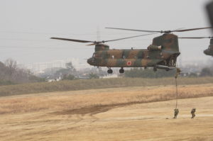 CH-47隊員下ろし